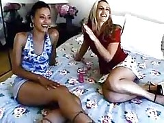 Hot lezzie gets stuffed with toys.Interracial Lesbian Sex!
