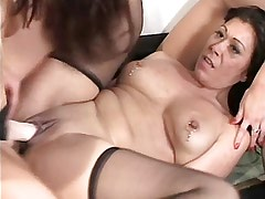 Three lesbians have fun in group.Slip nipple.Lesbian Mature ang Girl!