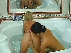 Hot blonde receive pleasure in bath.Young sexy lesbian!