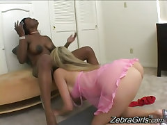 Beautiful interracial lesbian love like the art