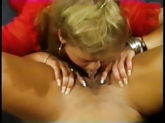 Golden erika and pleasure fuck each other with toys