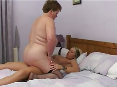 Mature bbw strap on fucked by young tart