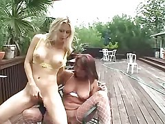 Mature lesbian licks tight pussy.Hot Latina Lesbian.Lesbian Toys sex!
