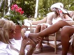 Lesbo glamour ladies lick in group.Threesome lesbian porn.Fetish Lesbian Stories.Lesbian milf sex!
