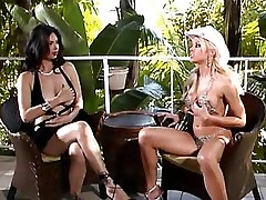 Cow girl licks out beautiful chick.Slip nipple!